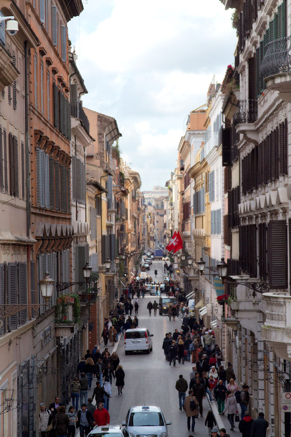 Let's Take a Traditional City Break 3: Life With Really Narrow Streets